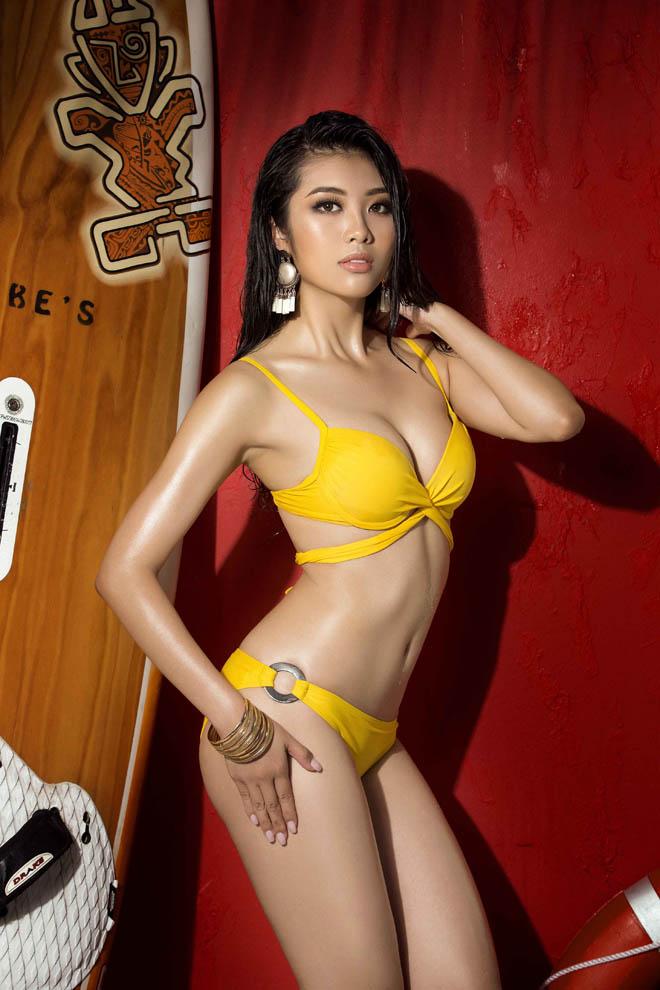 """Bộ ảnh áo tắm """"nóng rẫy tay"""" của top 45 Hoa hậu Hoàn vũ Việt Nam - 10"""