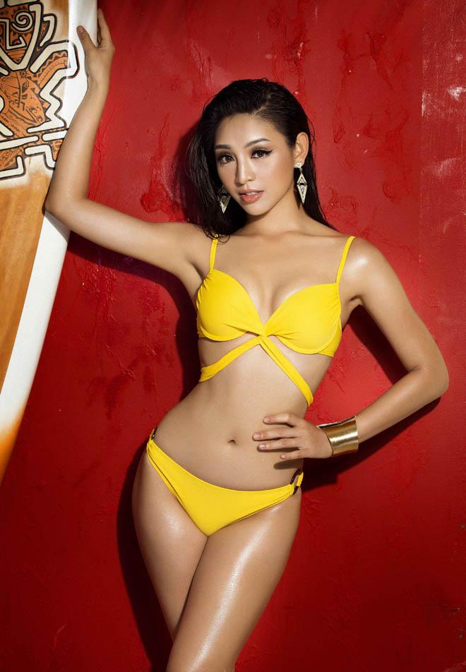 """Bộ ảnh áo tắm """"nóng rẫy tay"""" của top 45 Hoa hậu Hoàn vũ Việt Nam - 15"""