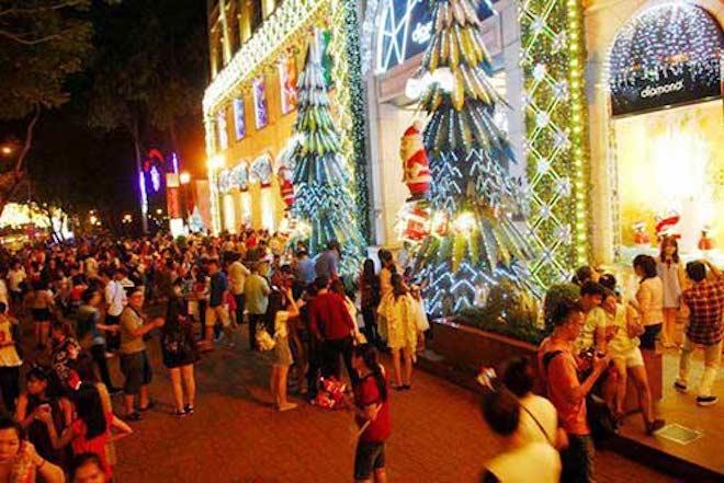 """Dẫn """"gấu"""" đi chơi Noel tại 8 địa điểm lãng mạn nhất Sài Gòn - 4"""