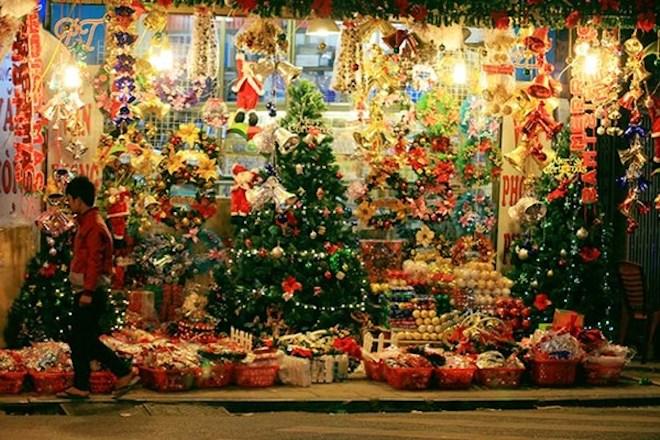 """Dẫn """"gấu"""" đi chơi Noel tại 8 địa điểm lãng mạn nhất Sài Gòn - 8"""