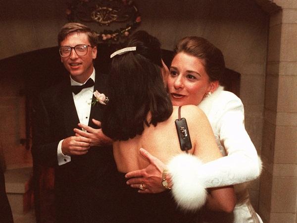Điều ít biết về đám cưới của Bill Gates, Warren Buffett