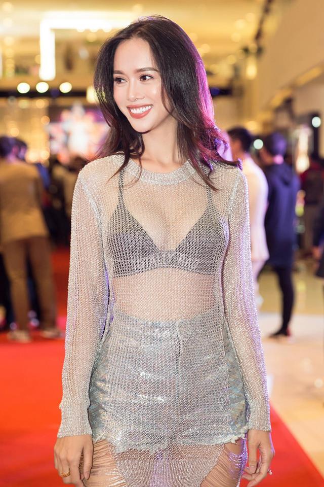 Ngân 98 dẫn đầu top mỹ nữ Việt mặc táo bạo nhất năm 2017 - 16