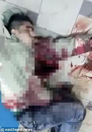 Nga: Cầu hôn bị từ chối, rút dao đâm chết bạn gái rồi tự tử