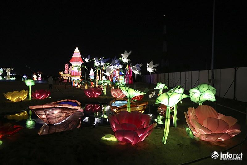 Lung linh sắc màu tại lễ hội đèn lồng lớn nhất TP.HCM - 8