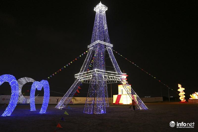 Lung linh sắc màu tại lễ hội đèn lồng lớn nhất TP.HCM - 6