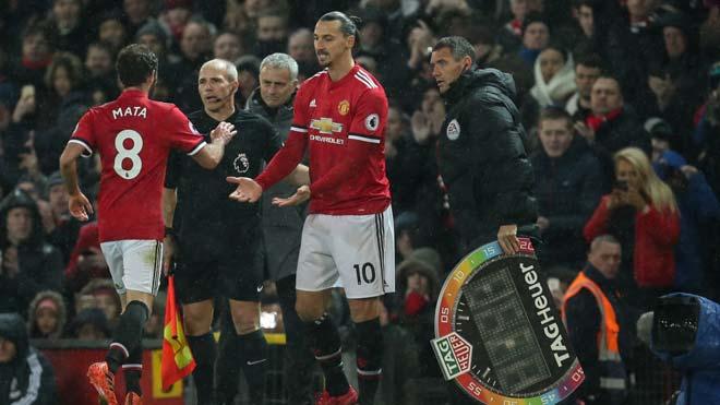 """Họp báo MU - Leicester City: Mourinho tha thứ """"tội đồ"""" 2"""