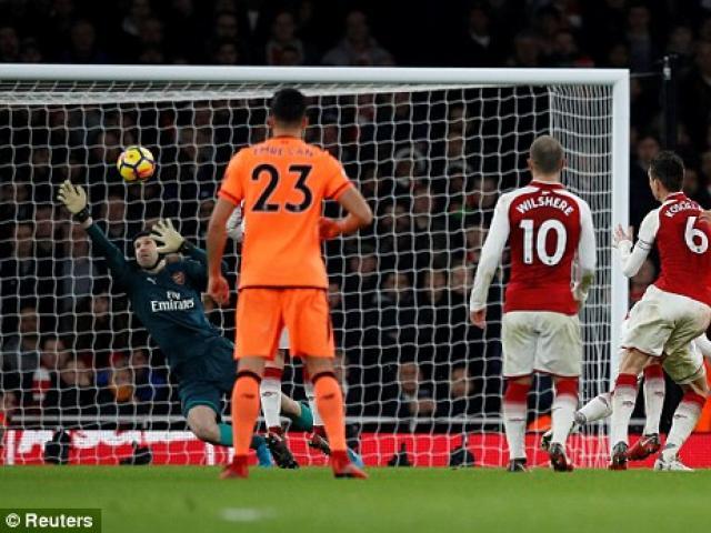 """Arsenal hòa """"điên rồ"""" Liverpool: Wenger lộ thần chú, Klopp hậm hực 4"""