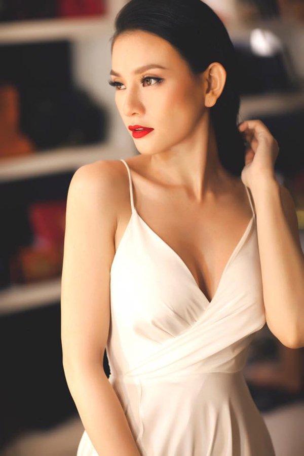 Sau chia tay, Thu Thủy đẹp như gái đôi mươi với tuyệt chiêu đơn giản và rẻ - 2