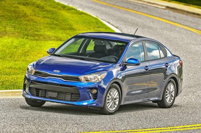 Chọn xe nào: Hyundai Accent 2018 hay Kia Rio 2018 - 4
