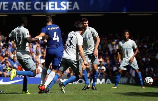 """Everton – Chelsea: Rooney ưỡn ngực chờ xử """"nhà Vua"""" 1"""