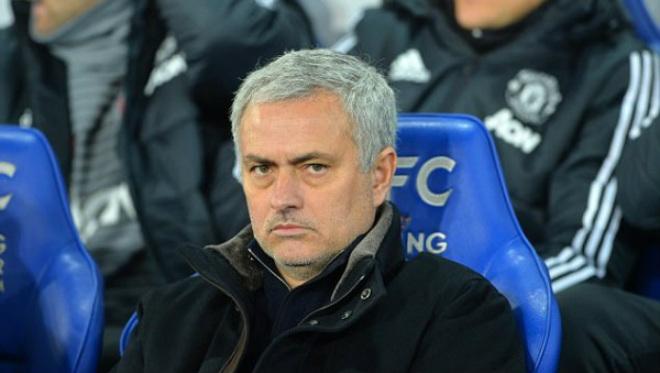 """MU thua xa Man City: """"Quỷ đỏ"""" lật kèo, tương lai Mourinho sắp được định đoạt"""