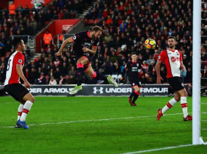 """Southampton - Huddersfield: """"Siêu phản lực"""" đọ tài oanh tạc 1"""