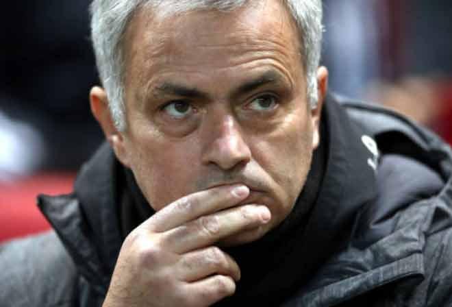 """MU thất thế Man City: Mourinho """"té"""" sang PSG để tránh Pep? 2"""