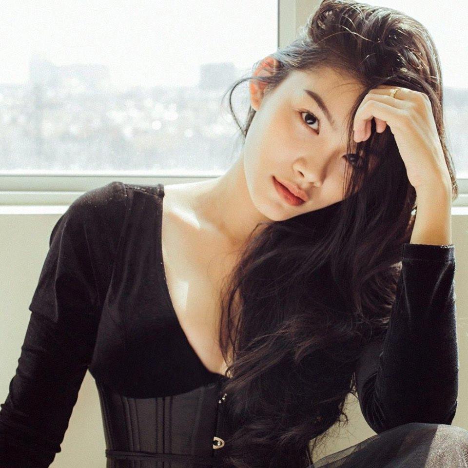 Con gái 20 tuổi của Kiều Trinh chưa có bạn trai vì lo kiếm tiền nuôi mẹ và em - 3