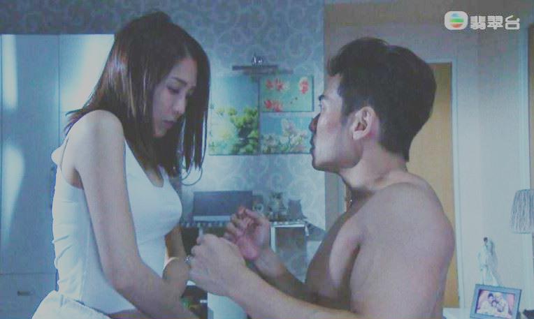 Nỗi khổ của tài tử TVB phải đóng cảnh giường chiếu - 2
