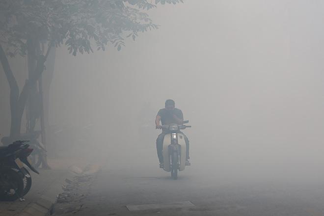 Sáng nay (25/12), không khí Hà Nội thuộc top ô nhiễm nhất Thế giới - 3