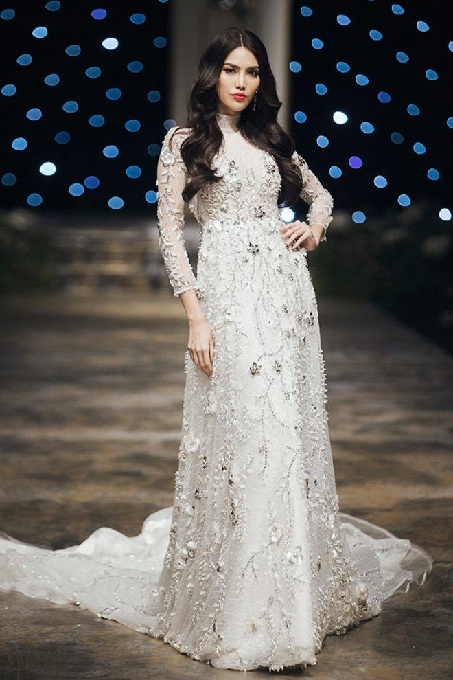 Hoa hậu Kỳ Duyên: Ngôi sao đường băng đắt show nhất năm 2017? - 11