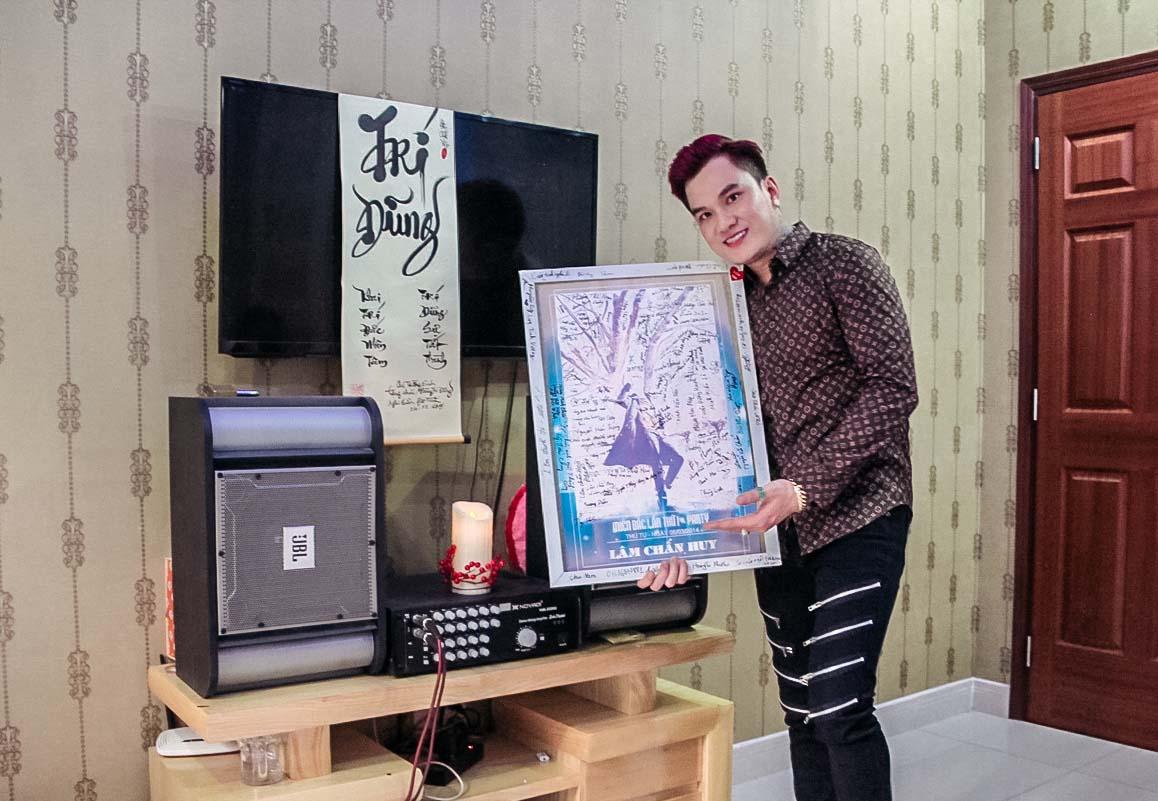 Cuộc sống cô độc của Lâm Chấn Huy ở tuổi 36 trong căn nhà 5 tỷ đồng - 8