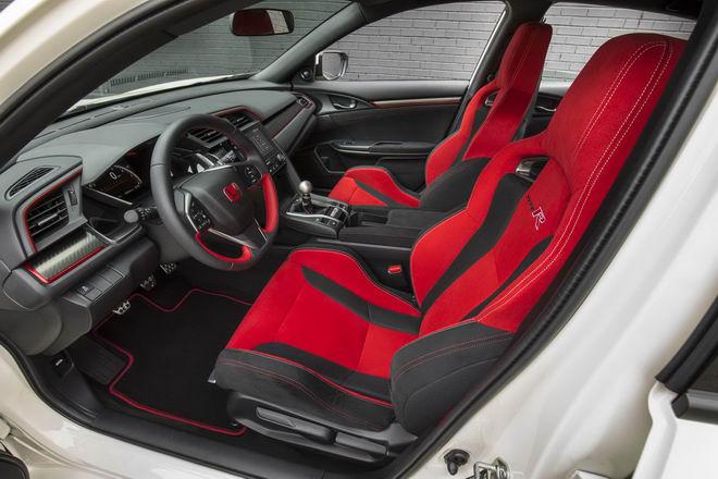 Honda Civic Type R 2017: Hatchback tốt nhất hiện nay - 9