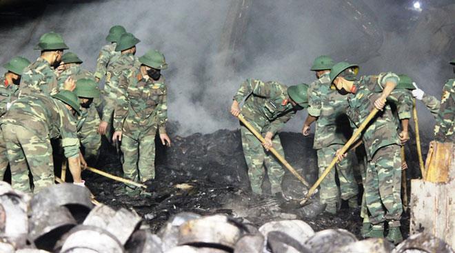Cháy công ty bánh kẹo: Tìm thấy thi thể nạn nhân thứ hai