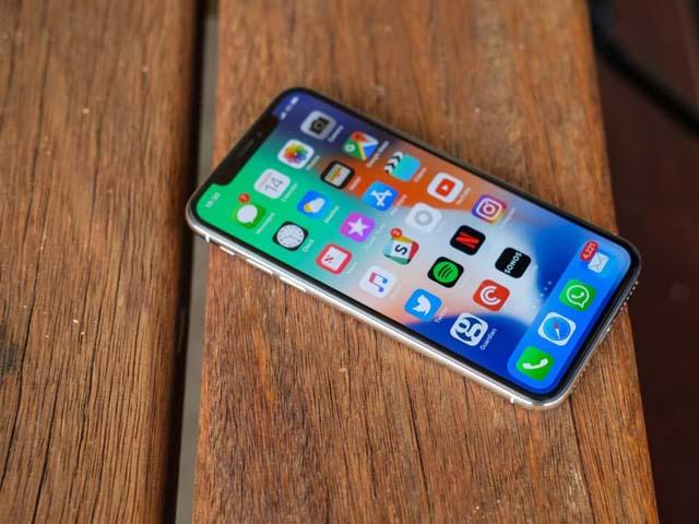 """Doanh số iPhone X, 8/8 Plus vẫn """"xách dép"""" cho iPhone 6/6 Plus"""