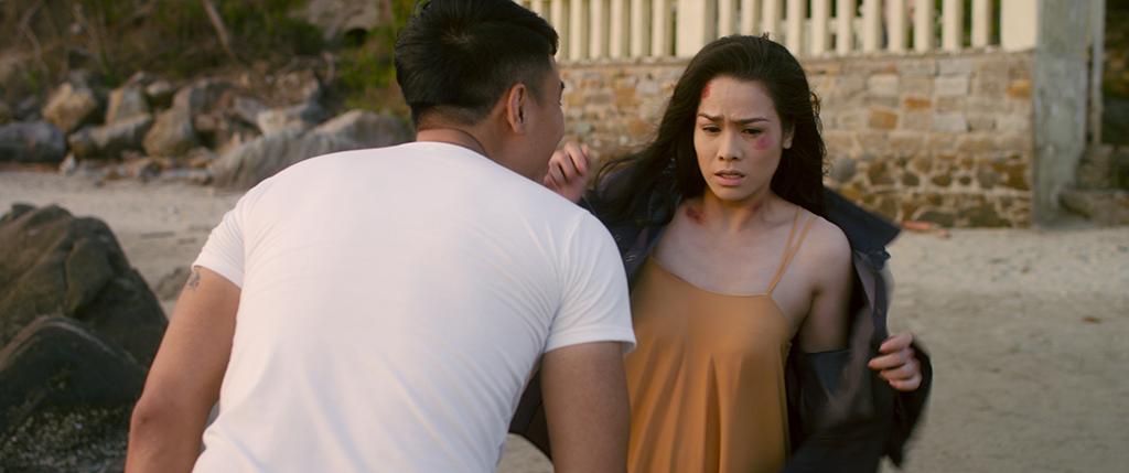 """Phim 18+ của Nhật Kim Anh khiến khán giả ái ngại vì """"quá nóng"""" - 1"""