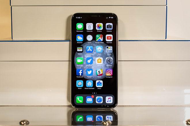 """Vén màn bí ẩn Galaxy S9 khiến iPhone X """"ăn không ngon, ngủ không yên"""" - 1"""