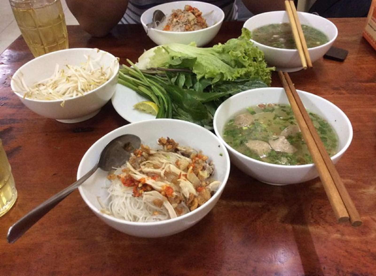 Phở khô - món ăn nhất định phải thử khi đến phố núi Gia Lai - 1