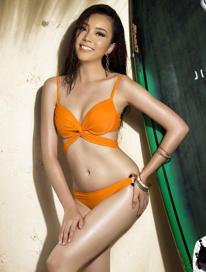 Bật mí cô gái đang được ái mộ nhất ở Hoa hậu Hoàn vũ VN - 9