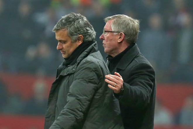 """MU – Mourinho sẽ tỏa sáng: Sir Alex Ferguson ủng hộ """"dựng xe buýt"""" - 2"""