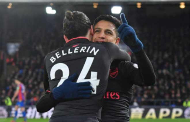 Crystal Palace - Arsenal: Tiệc lớn 5 bàn, rượt đuổi phút bù giờ 2