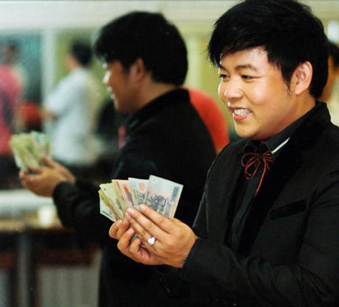 Quang Lê giàu có cỡ nào lại phải bán nhẫn kim cương 2 tỷ làm liveshow? - 3