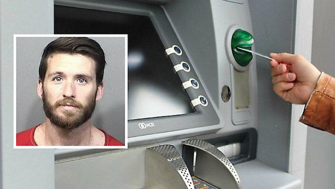 Cây ATM bị người đàn ông hành hung vì... nhả quá nhiều tiền