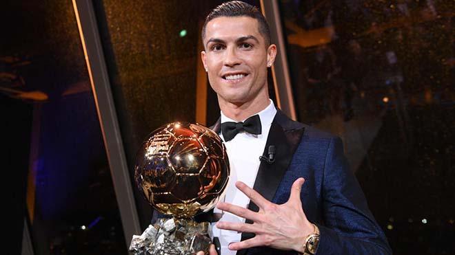 Sự kiện bóng đá triệu view 2017: Ronaldo và hattrick bê bối, vết xước lớn của QBV - 1