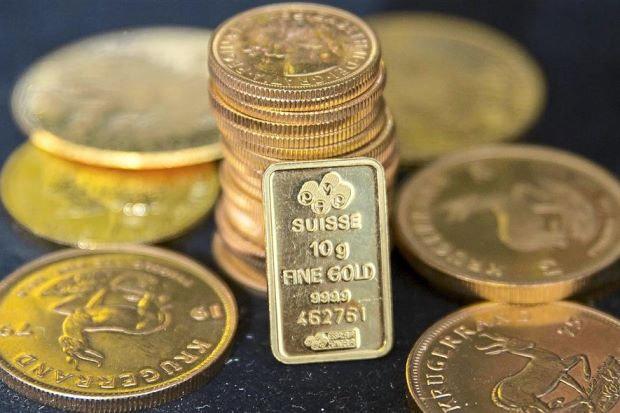 Giá vàng hôm nay (29/12): Thế giới tăng vọt, SJC đi ngang