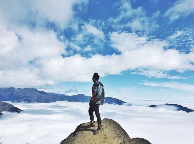 """Lặng người trước biển mây hùng vĩ trên """"sống lưng khủng long"""" Tà Xùa - 7"""
