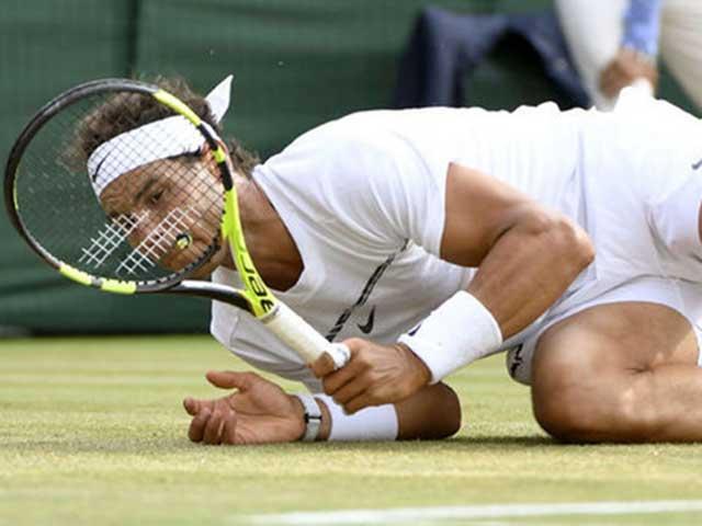 Djokovic chấn thương bỏ giải triệu đô: Dễ mất luôn Australian Open 2