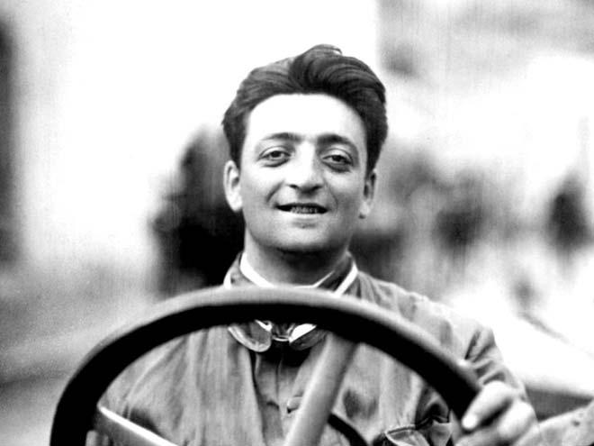 """Đua xe F1, Ferrari: Con đường từ một kẻ vô danh trở thành """"ông lớn"""" 3"""