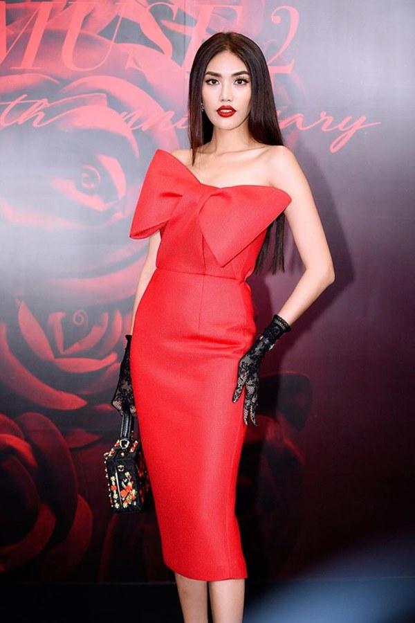 Bất ngờ với khuôn mặt khác lạ của Đỗ Mỹ Linh tại show thời trang Đỗ Mạnh Cường - 5