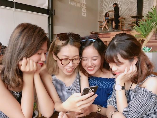 Việt Nam đang có bao nhiêu thuê bao di động tính tới hết năm 2017?