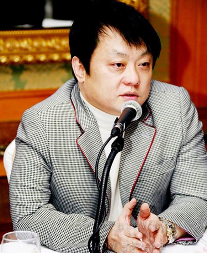 """Nữ thực tập sinh Hàn Quốc: Con mồi béo bở của những gã đại gia """"yêu râu xanh"""" - 3"""