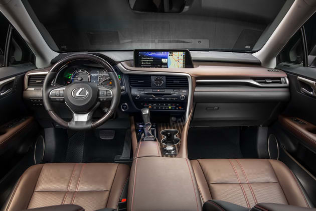 Lexus RX 450h giảm giá cực mạnh còn 1 tỷ đồng - 3