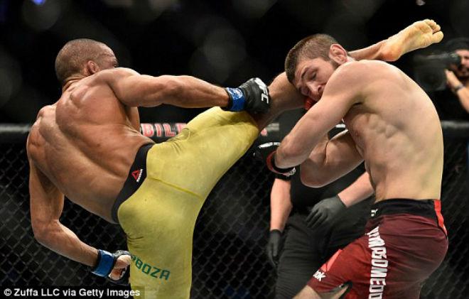 """Kinh điển UFC: """"Người máy"""" hủy diệt đáng sợ, """"độc cô cầu bại"""" tung hoành 4"""