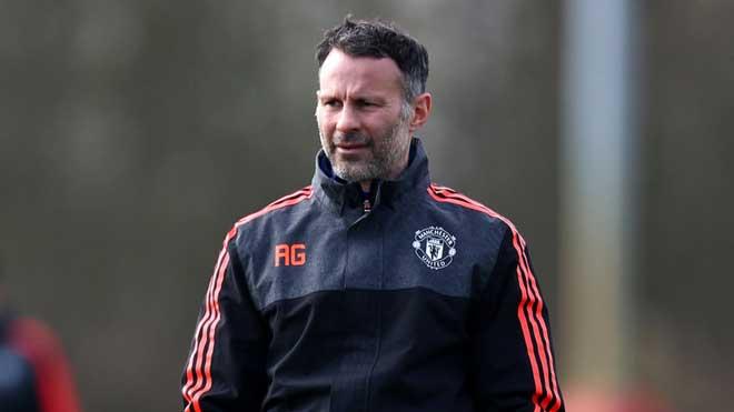 """Mourinho gây thù chuốc oán """"người nhà"""", Giggs mưu cướp ghế MU 2"""