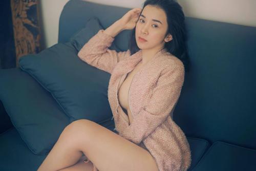 Hình ảnh sex của nữ sinh đại học ngoại thương nóng hổi 1
