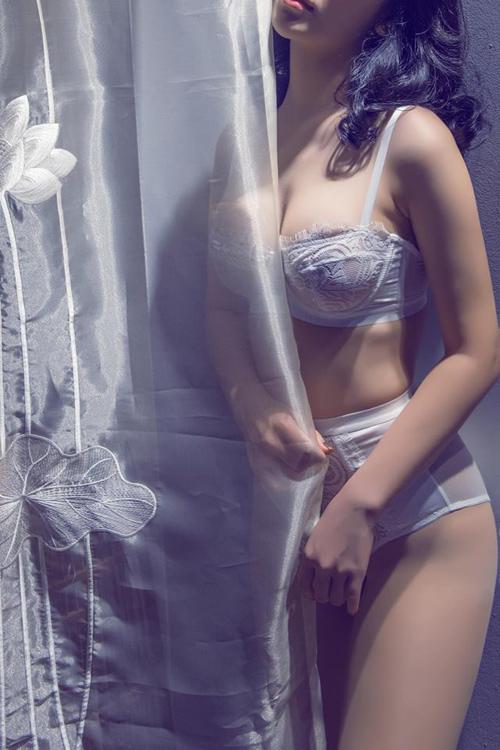 Hình ảnh sex của nữ sinh đại học ngoại thương nóng hổi 7