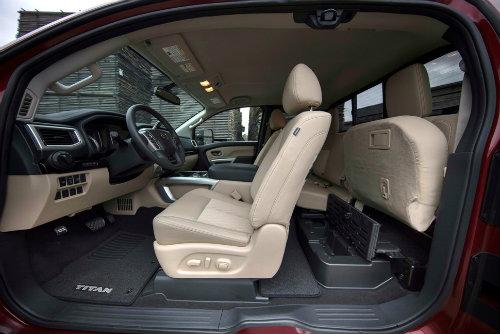 2017 Nissan Titan King Cab lấy gì giành ngôi vương? - 4