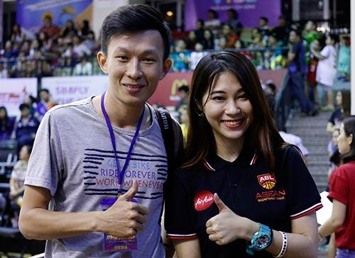Nữ phóng viên Thái Lan đẹp nóng bỏng như hot girl - ảnh 6