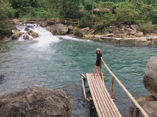 """Ở Quảng Bình cũng có """"Cửu Trại Câu"""" đẹp đến thế - 2"""