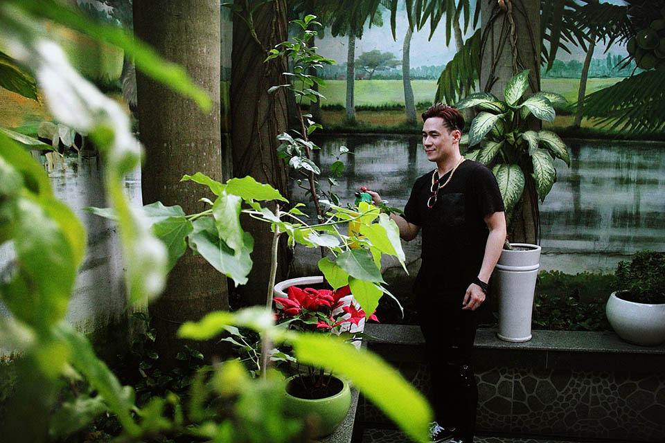 Nhà hơn 400m2, trị giá hàng triệu USD của Khánh Phương giữa trung tâm Sài Gòn - 14